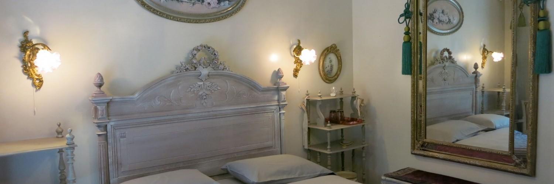 la chamade chambres d 39 h tes carry le rouet b b marseille. Black Bedroom Furniture Sets. Home Design Ideas